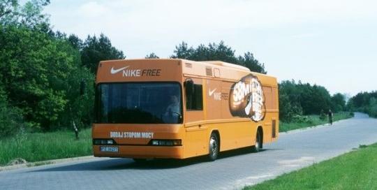 bus-nike